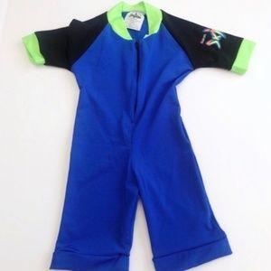 🎈NWOT Boys Rash Guard Suit 100+ SPF Short Sleeve